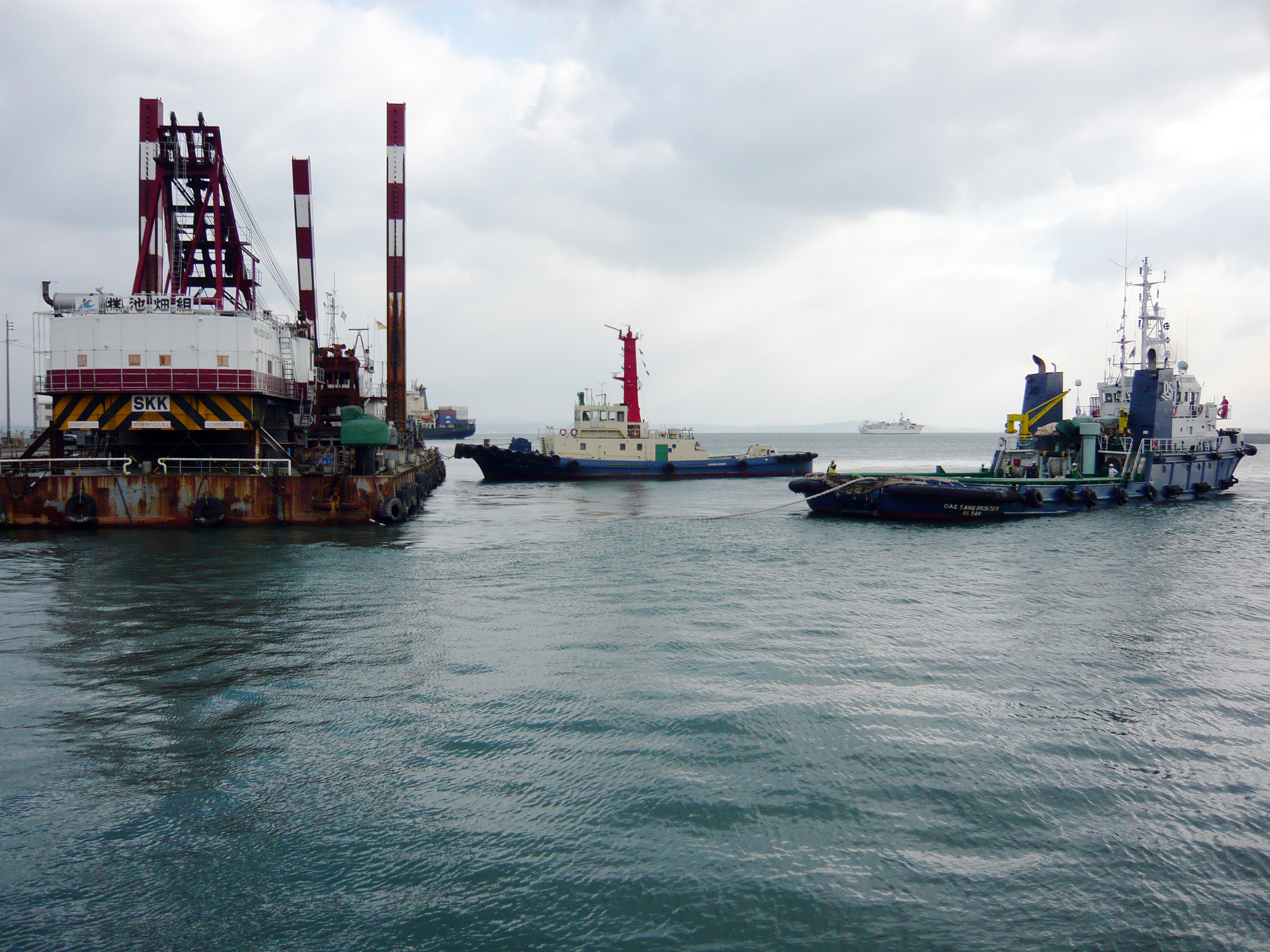 2011 - 2015, Towing of 24M3/30M3 Grag Dredger Barge (Japan and Singapore)